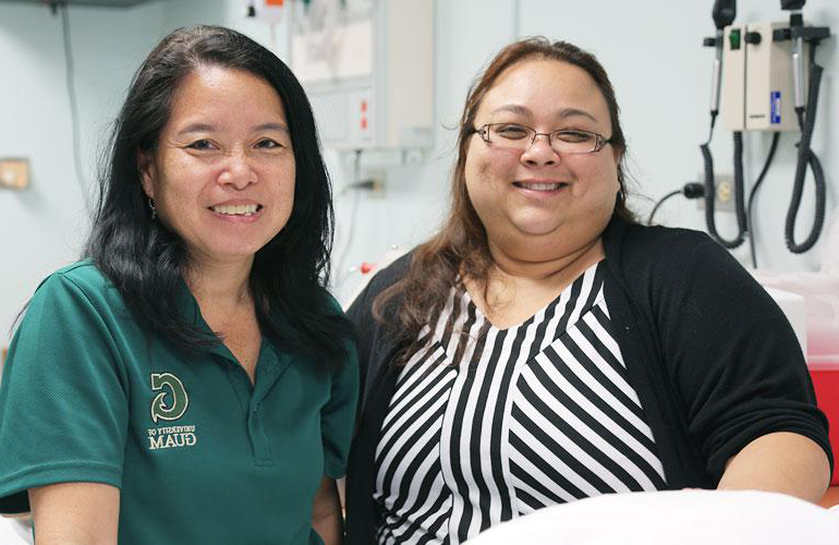 Nursing alumna goes above 和 beyond 至 help Guam's homeless.